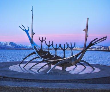 雷克雅未克, 冰岛